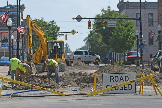Downtown Galion traffic is still being re-routed around the square as work continues on the water main.  At a meeting Monday, city officials said the road is expected to be reopened on Sept. 7.