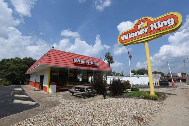 A fundraiser to help Jimmy Smarjeff, the operator of Wiener King, buy back the business from the state has been planned for Oct. 13.