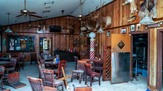 NDN 0829 In The Know Oyster House 1