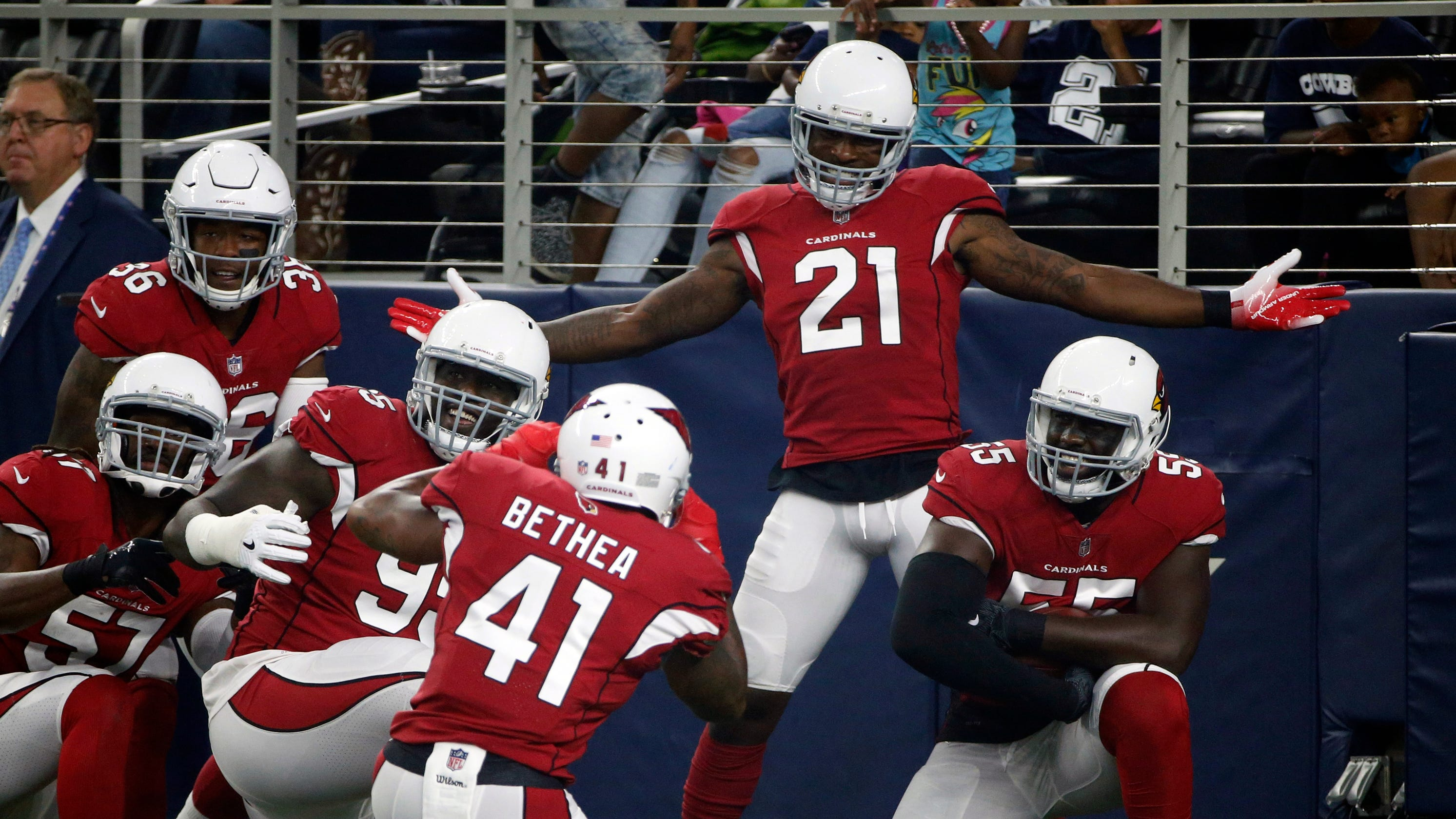 501ff49f4 Arizona Cardinals force 8 turnovers in easy win over Dallas Cowboys