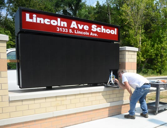 Lincoln Avenue School