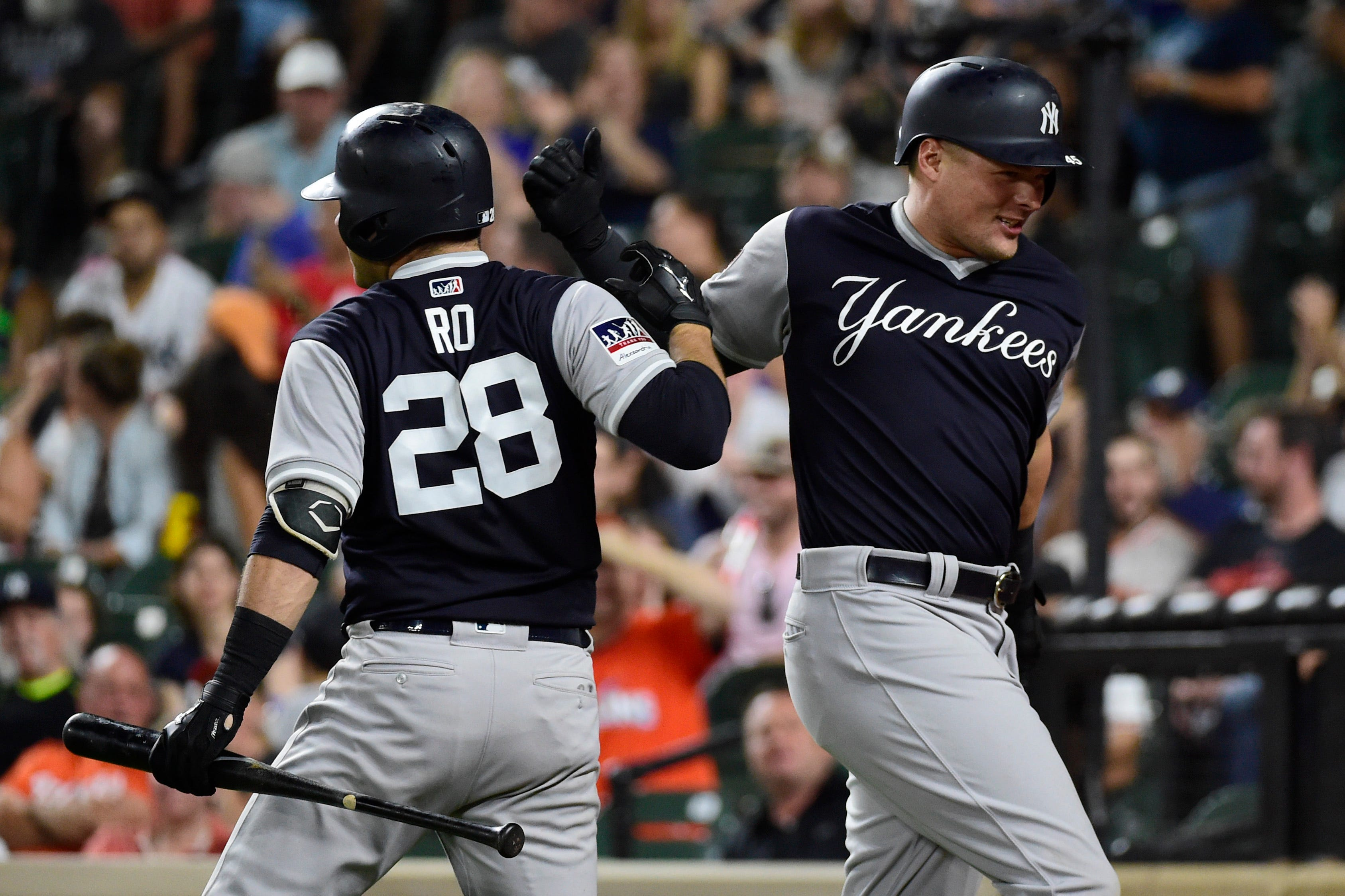 Red-hot New York Yankees move within dreaming distance of faltering Boston Red Sox