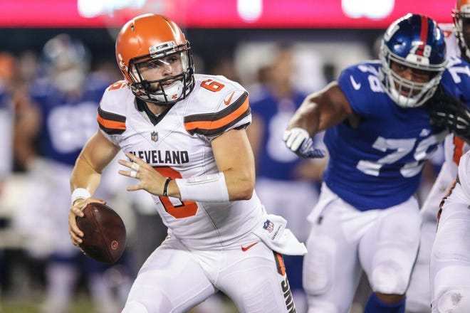 Cleveland Browns quarterback Baker Mayfield (6) scrambles against the New York Giants at MetLife Stadium.