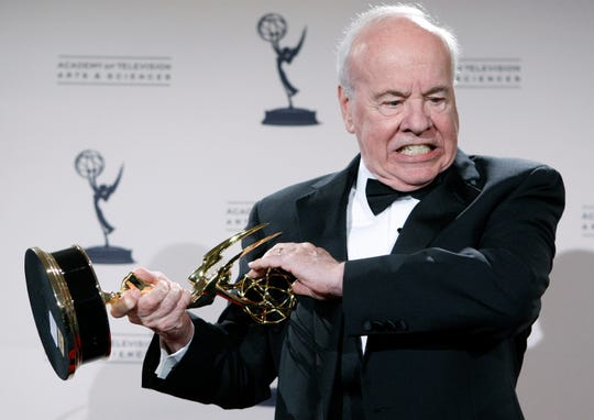 "Tim Conway poses with his award for Outstanding Guest Actor in a Comedy Series for his work on ""30 Rock"" at the Creative Arts Emmy Awards in Los Angeles on Sept. 13, 2008."