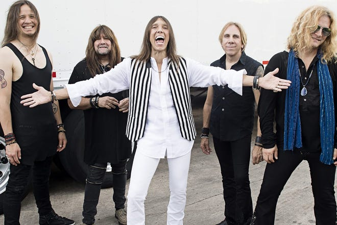 Tesla features vocalist Jeff Keith, guitarists Frank Hannon and Dave Rude, bassist Brian Wheat and drummer Troy Luccketta.