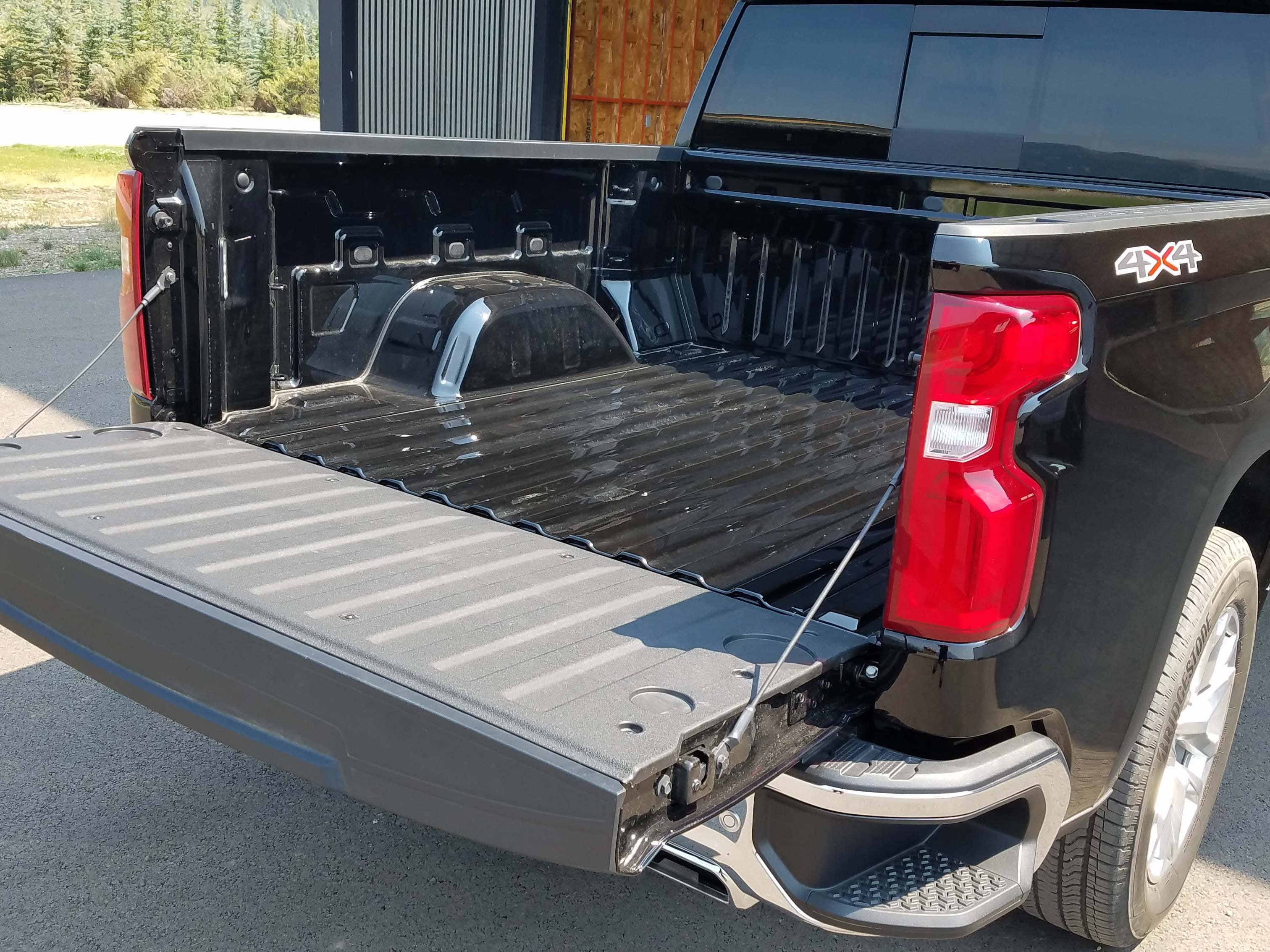 The 2019 Chevy Silverado offers the first automatic tailgate in class — it can be raised and lowered remotely, or with the touch of a button. The standard box is also the largest in its class and is made with high-strength, rolled steel.