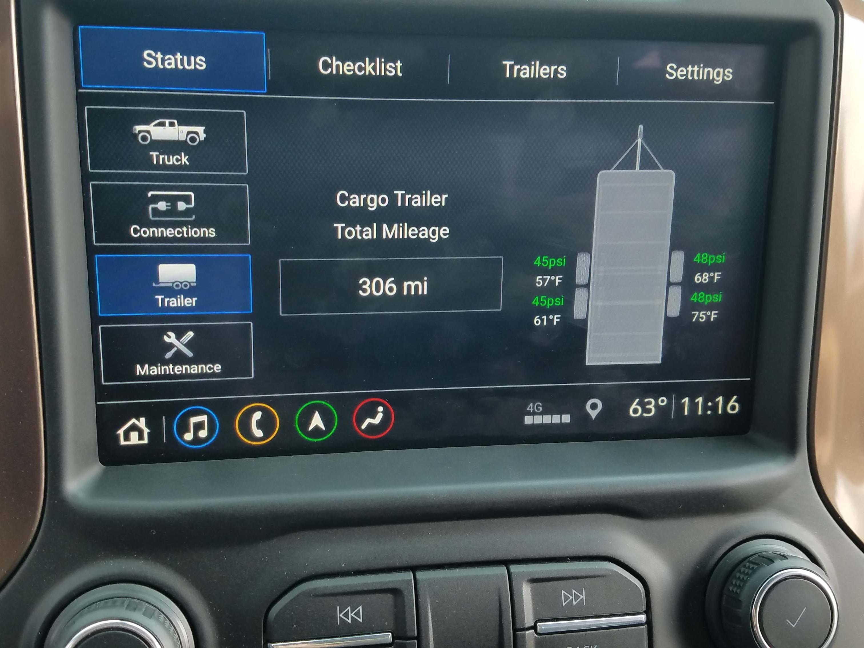The 2019 Chevy Silverado will monitor the trailer's tire pressures.