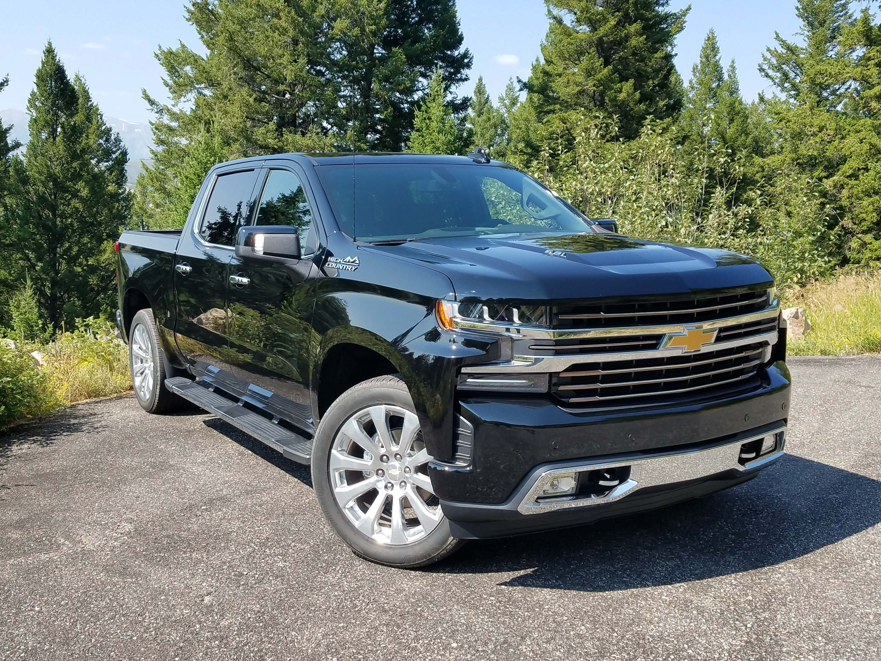 The handsome, upscale 2019 Chevy Silverado High Country trim starts at $56K and can be had in the $62,290 model with all the trimmings shown here.