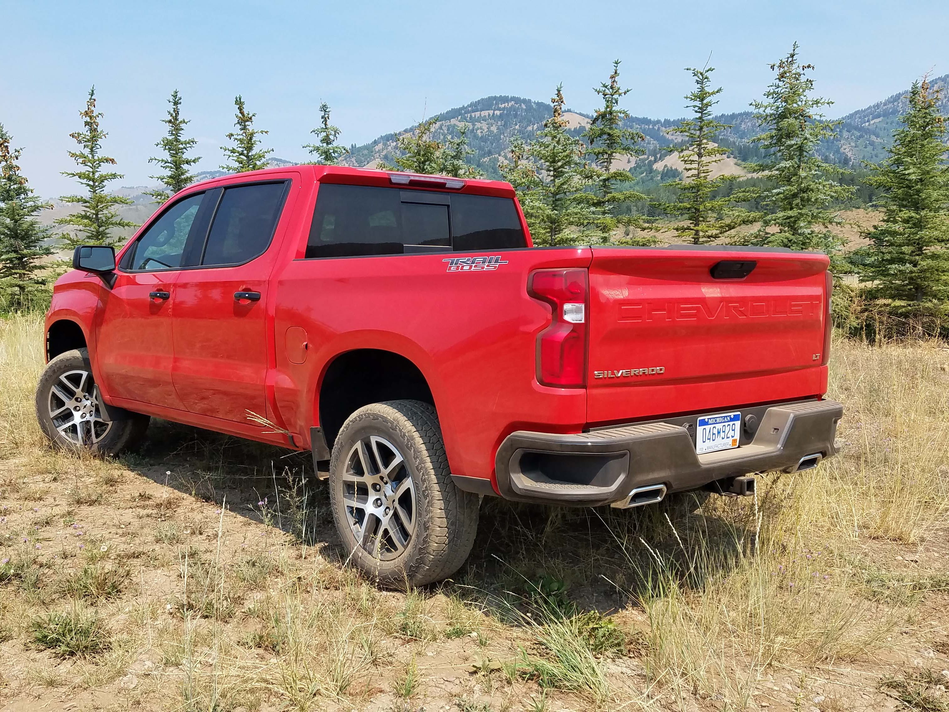 New for 2019, the Z71 trim of the Chevy Silverado gets additional off-road muscle called Trail Boss. The Boss includes skid plates, a 2-inch lifted suspension and 18-inch wheels sporting knobby tires. It is only available with the 5.3-liter V-8.