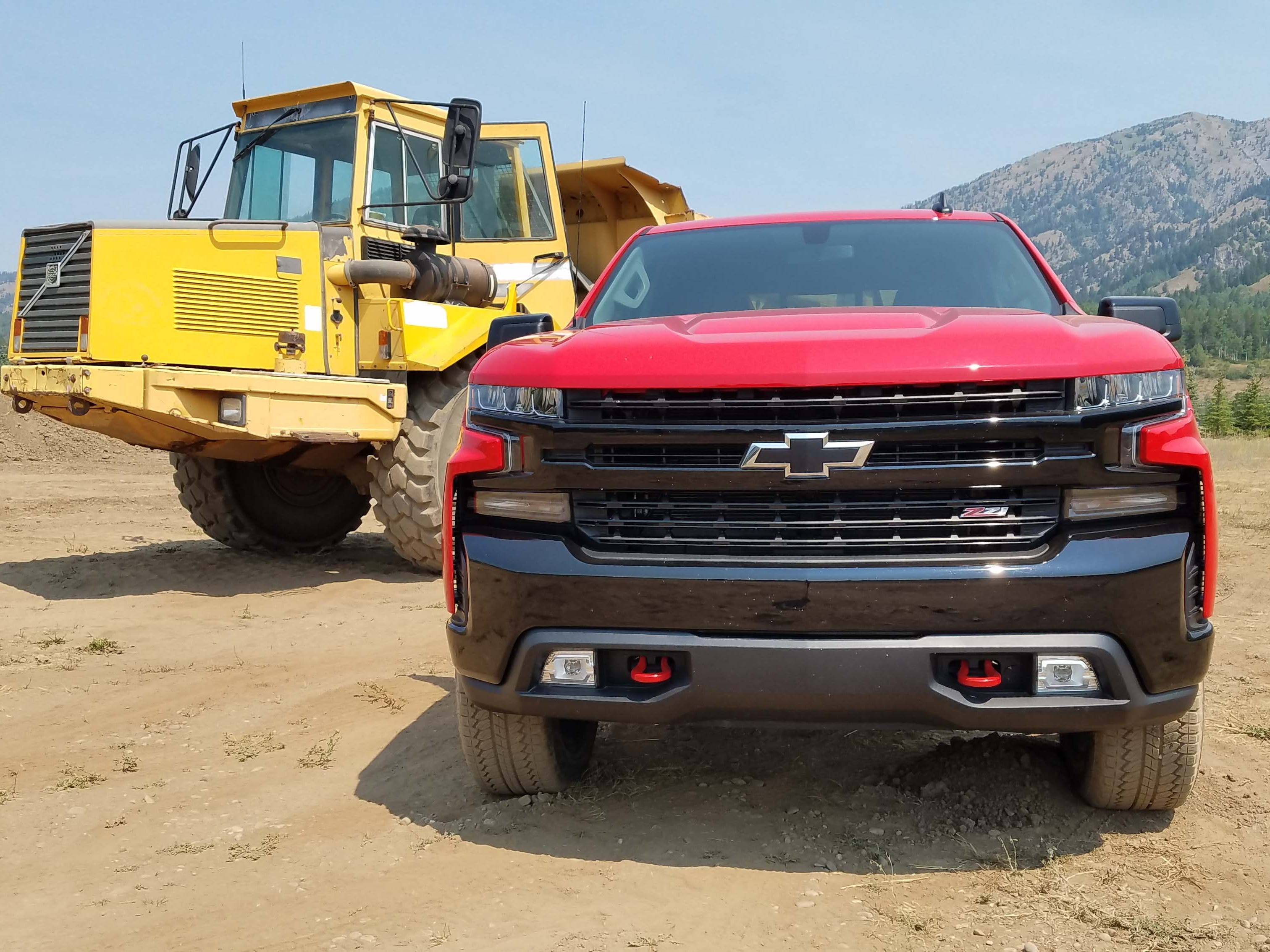 The 2019 Chevy Silverado gets an all-new design. Perhaps the most dramatic aspect is the intimidating front end of the new Trail Boss off-road trim.