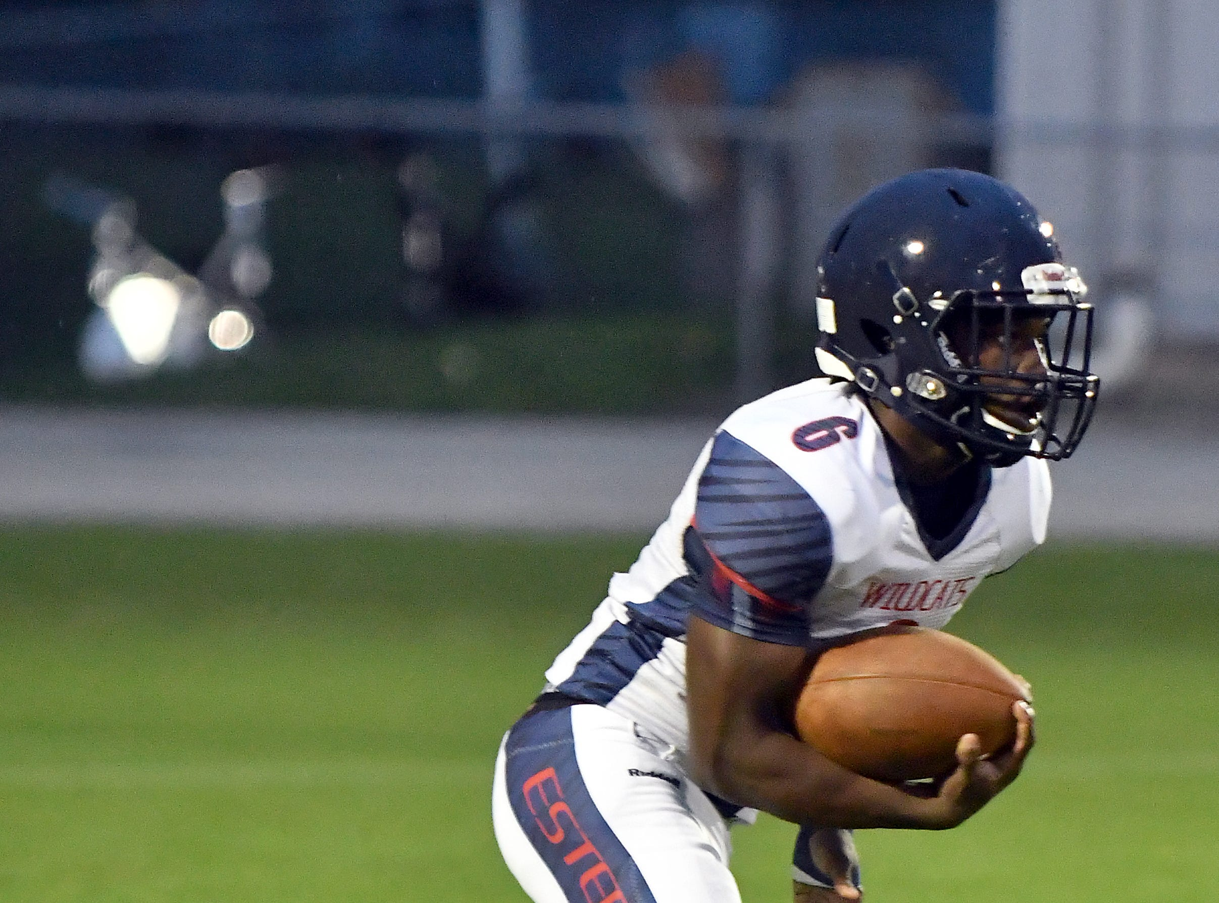 Estero High School running back Derrick Peart (6) runs the ball up field during their game with Mariner High School in Cape Coral , FL., Monday, Aug. 27, 2018.