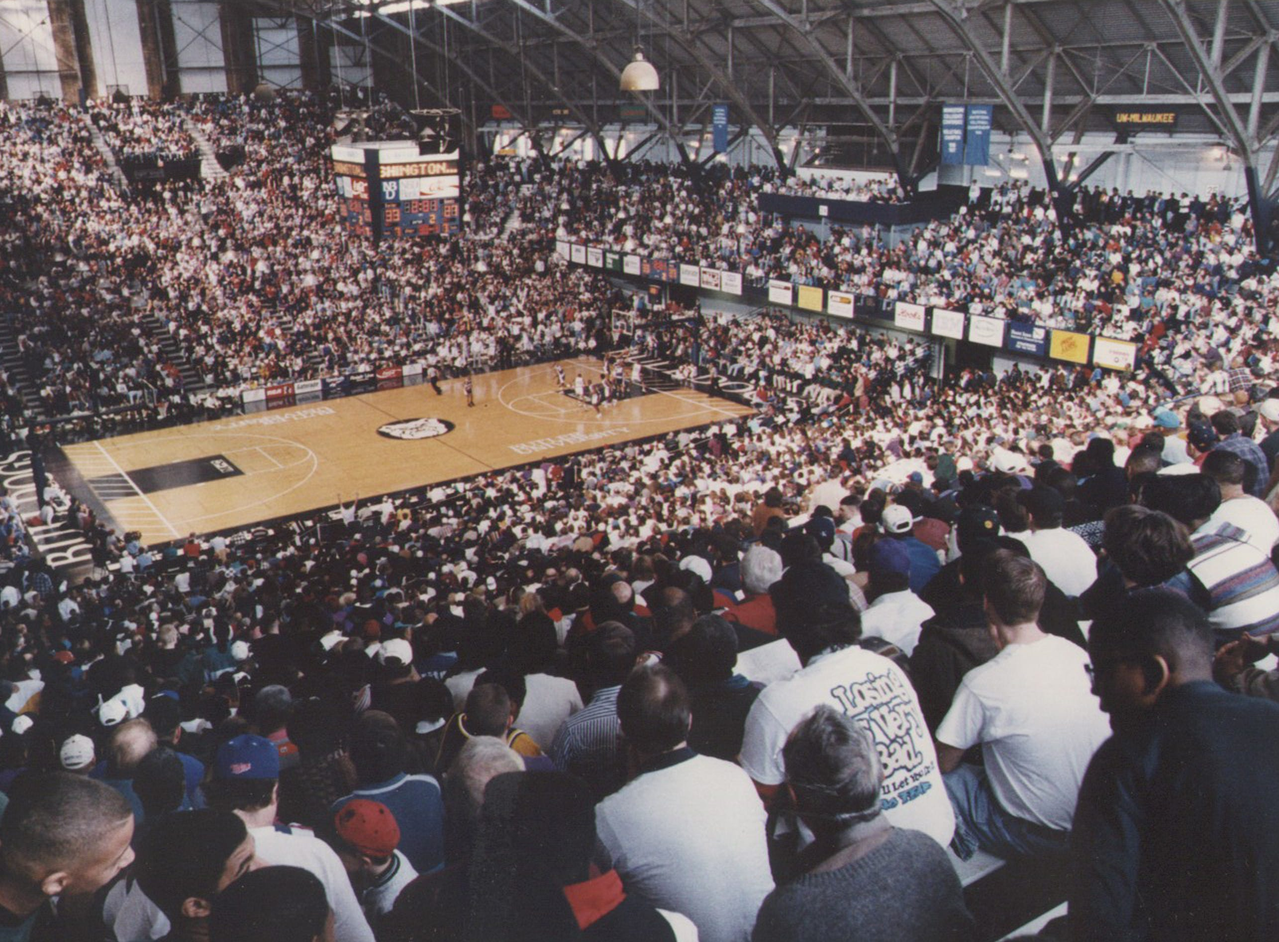 Hinkle Fieldhouse was filled to the rafters with 11,000 fans for the game as Ben Davis and Washington met in the Hinkle Regional March 11, 1995.  Ben Davis won by a buzzer-beater by Ahmed Bellamy.