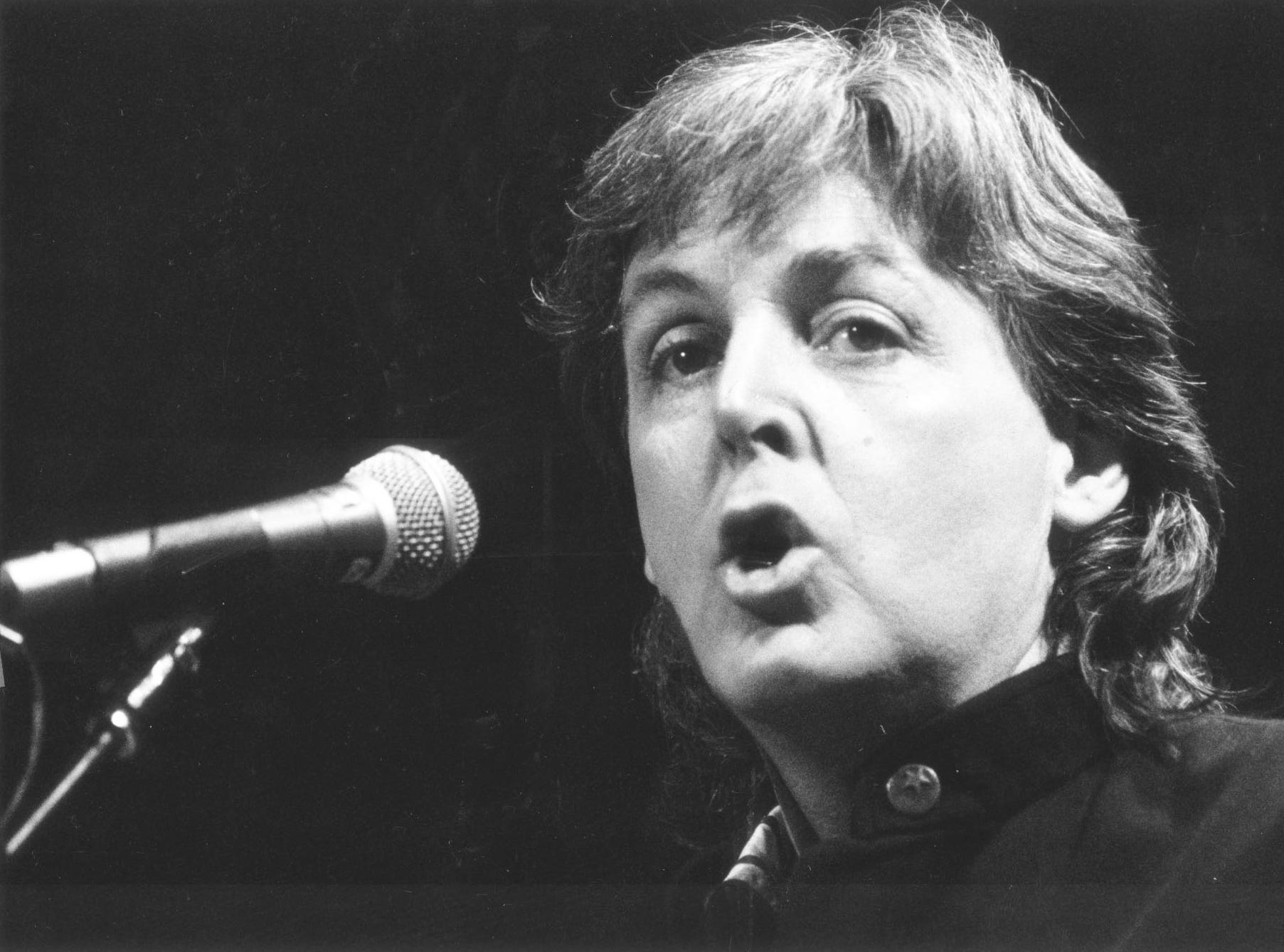 Paul McCartney in concert at Market Square Are on Feb. 14, 1990.