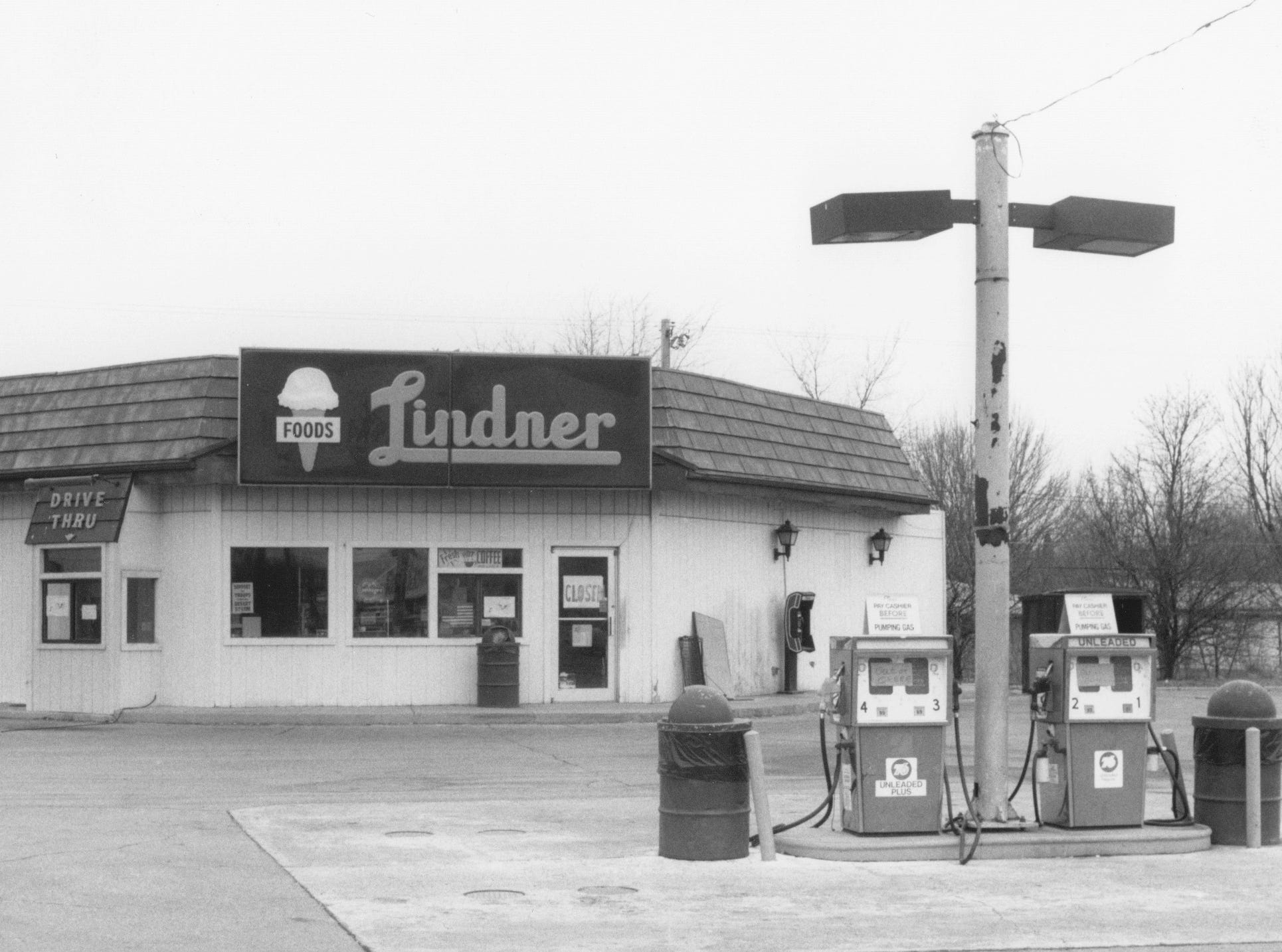 The last of the Lindner stores - this one at 3002 N. Franklin Rd. closed in 1992. Lindner Bros. ice cream business started in 1930. In 1949 the first Lindner's store opened. By 1968 there were 27 locations.