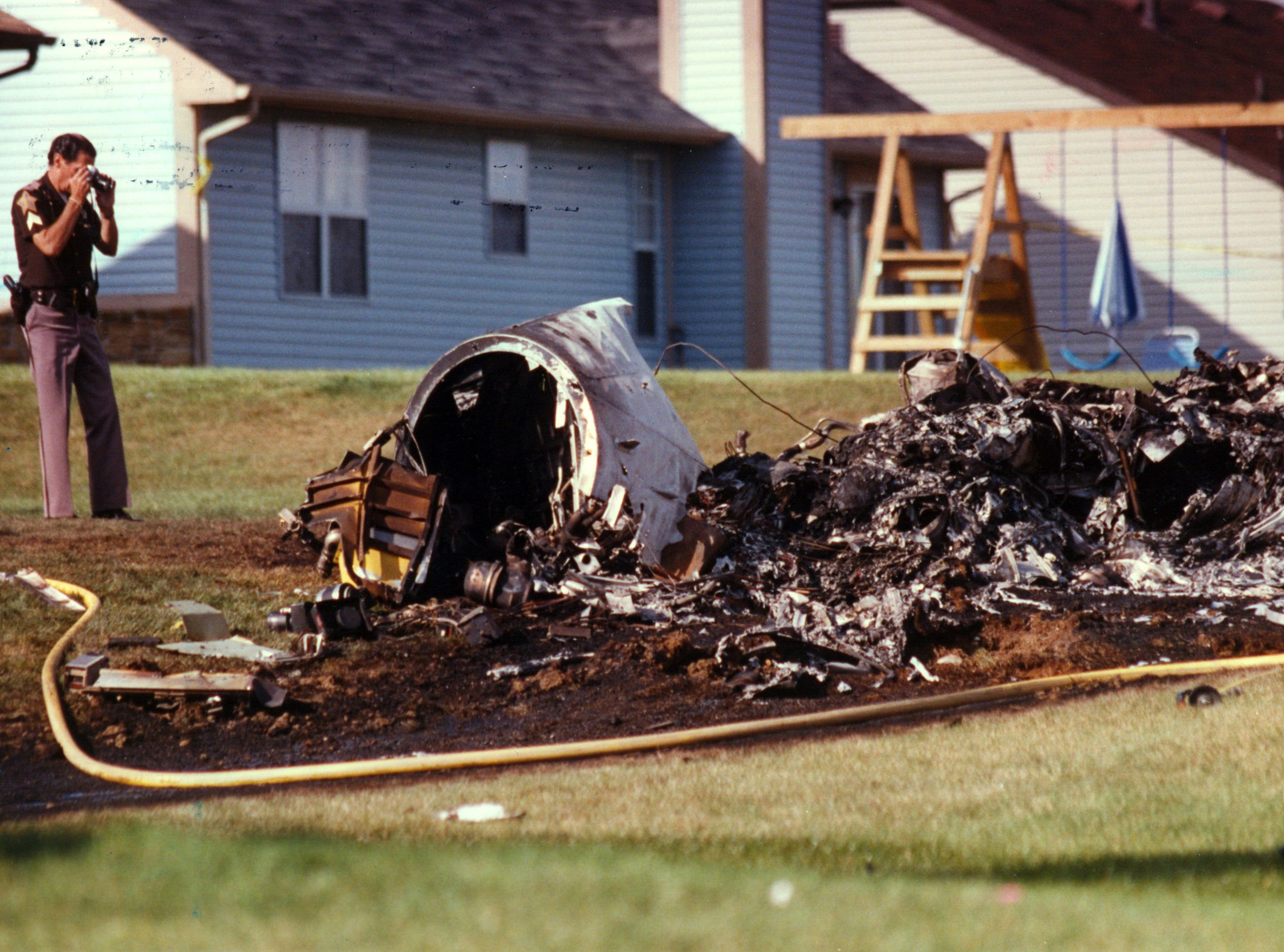 Two small planes to collide in flight, killing six people. Both planes crashed into a southside housing edition on Sept. 11, 1992. The dead from the twin-engine aircraft included the pilot, Bill Mullen, 68, of Huntingburg; Michael Carroll, 51, a former deputy mayor of Indianapolis and a special assistant to Sen. Lugar; banking executive Frank McKinney Jr., 53; Robert V. Welch, 64, developer and executive director of the White River State Park Development Commission; and former Indiana lottery director John Weliever, 50.