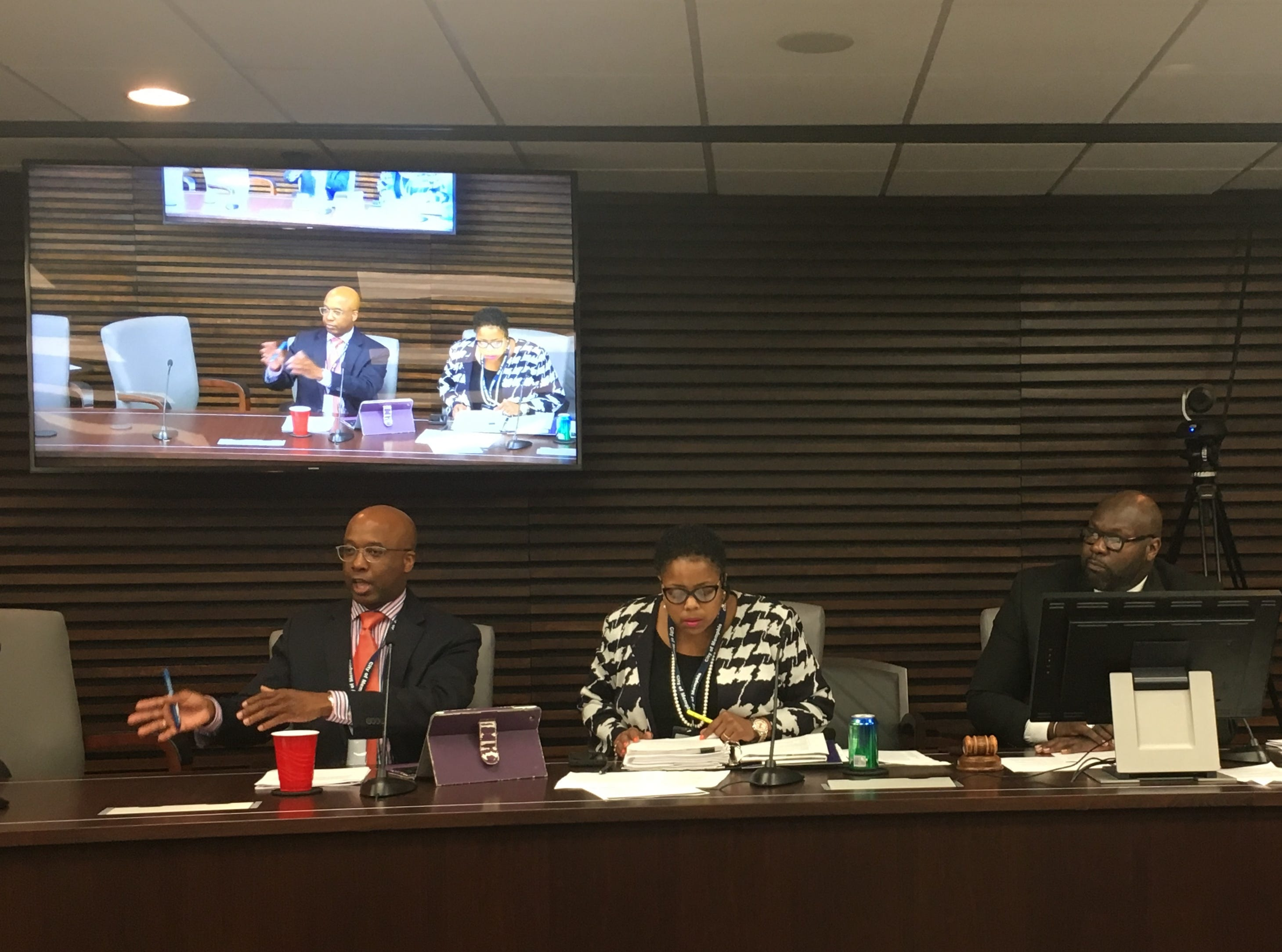Four Memphis City Council members walk out of meeting, stopping controversial District 1 appointment vote