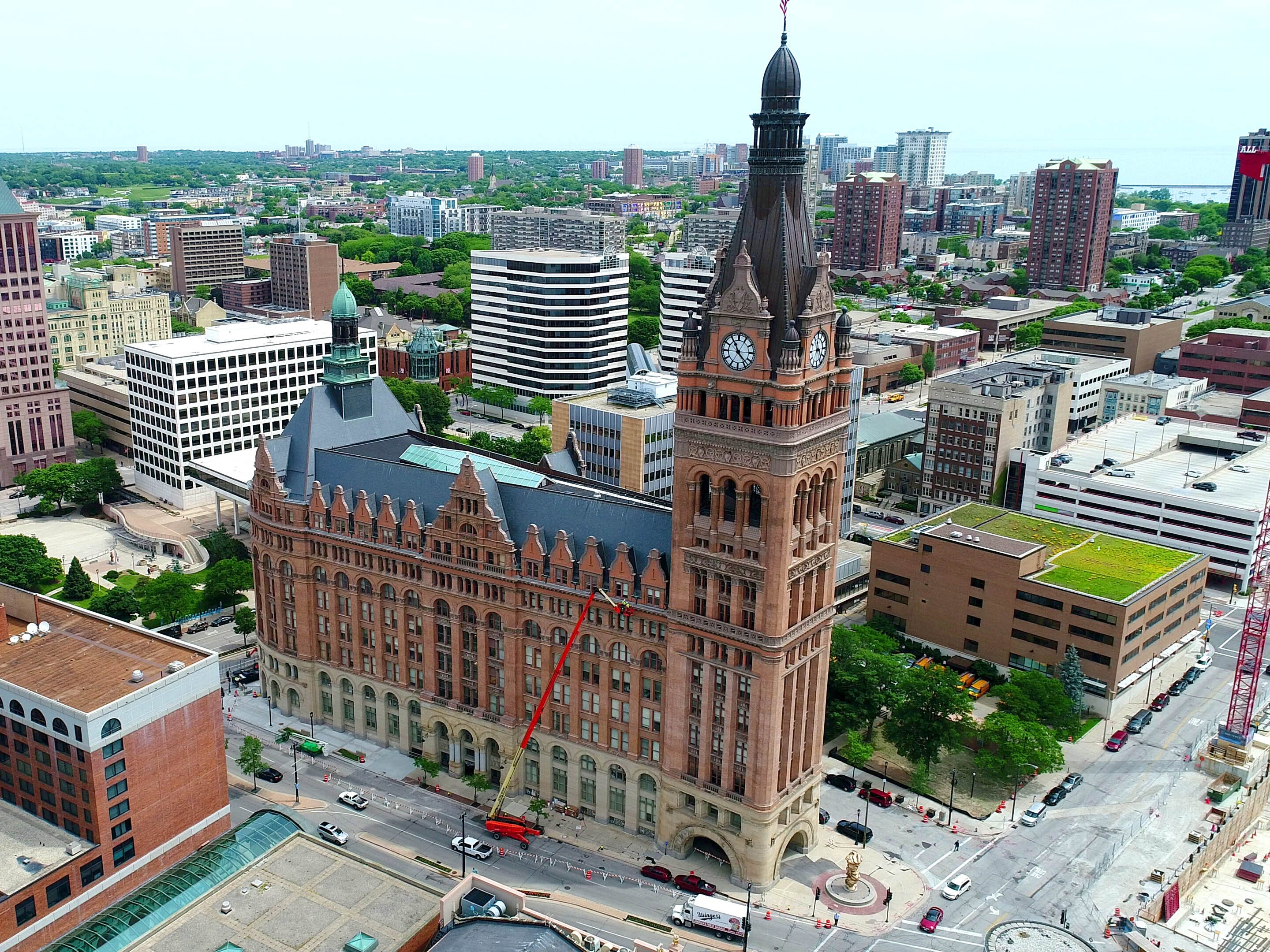 Politico: Milwaukee is the odds-on favorite to host 2020 Democratic National Convention