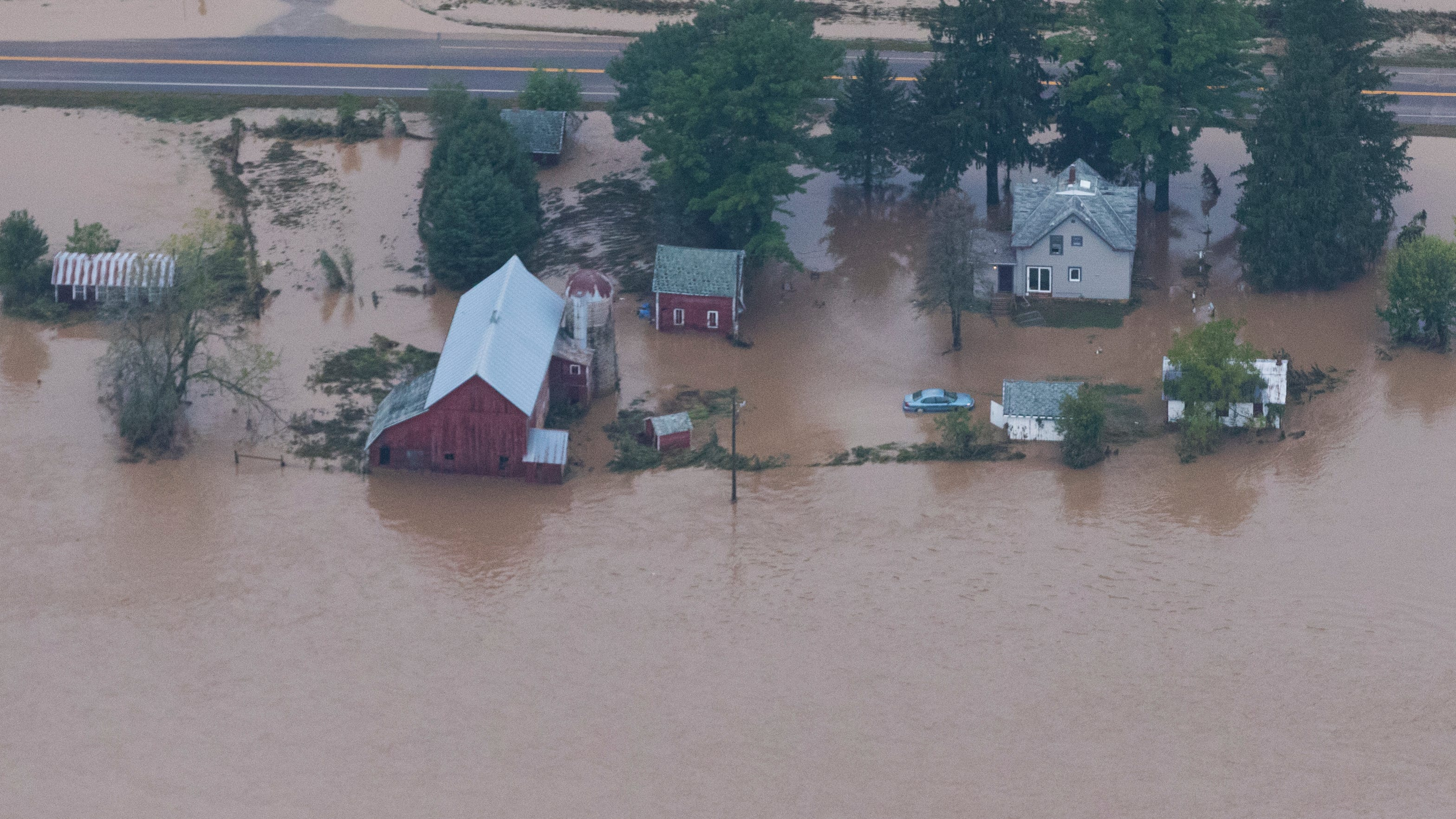 Wisconsin flooding: more rain coming Tuesday afternoon, night