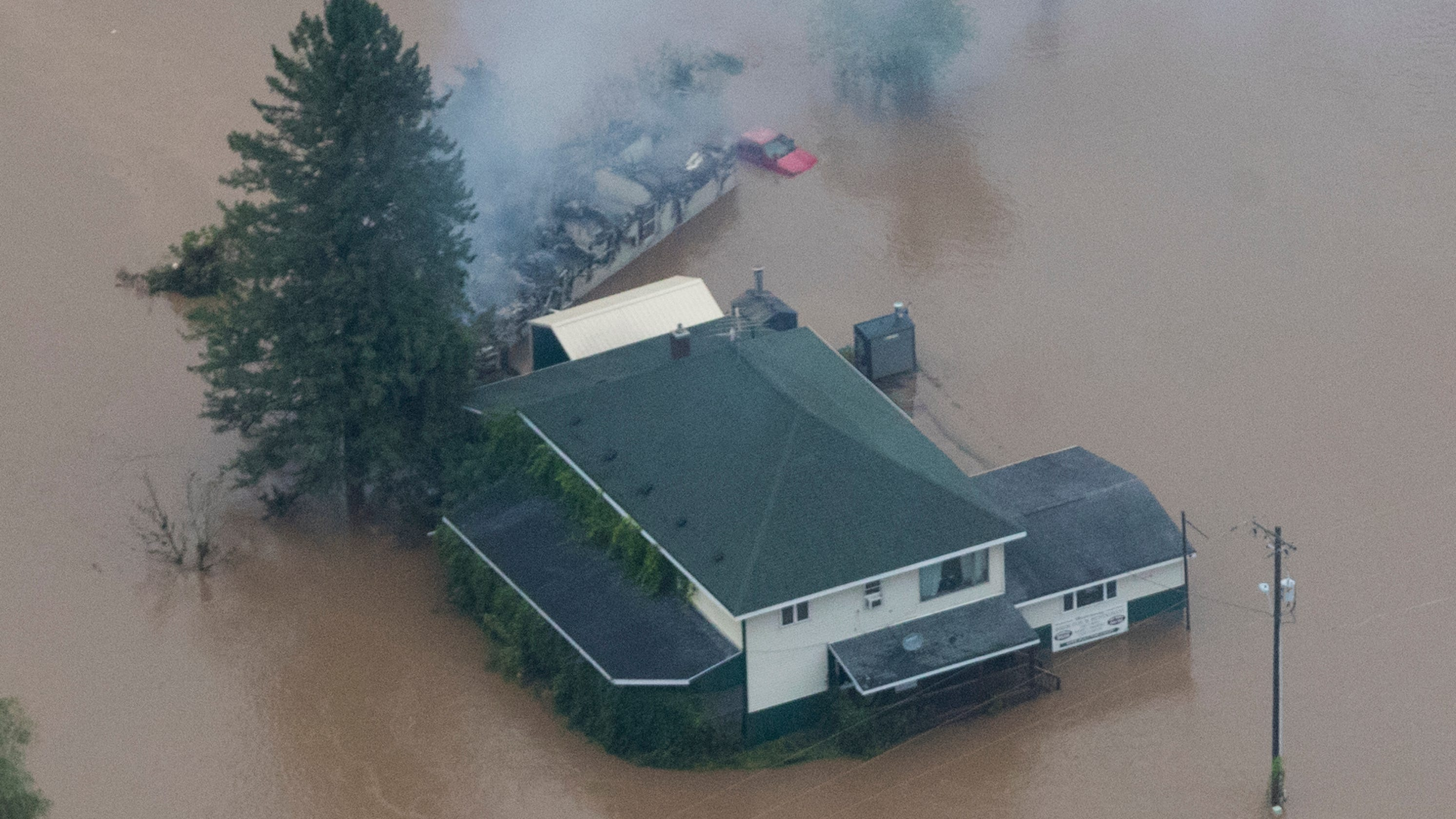 After Rains Fog Rolls Into Madison >> Driftless Area Of Western Wisconsin Ravaged By Floodwaters