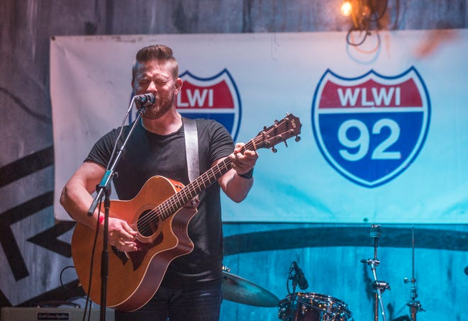 Justin Rivers performs at Montgomery's local finals NASH Next 2018 on Friday, Aug. 24, 2018, at Range 231 N.