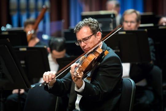 Glen Loontjens,  viola, Naples Philharmonic