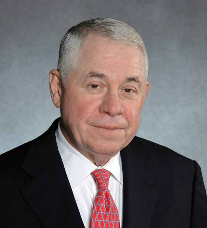 Richard Adkerson (Phoenix): Chief Executive Officer and Vice Chairman of Freeport-McMoRan Copper and Gold Inc. Vice Chairman of the National World War Two Museum.