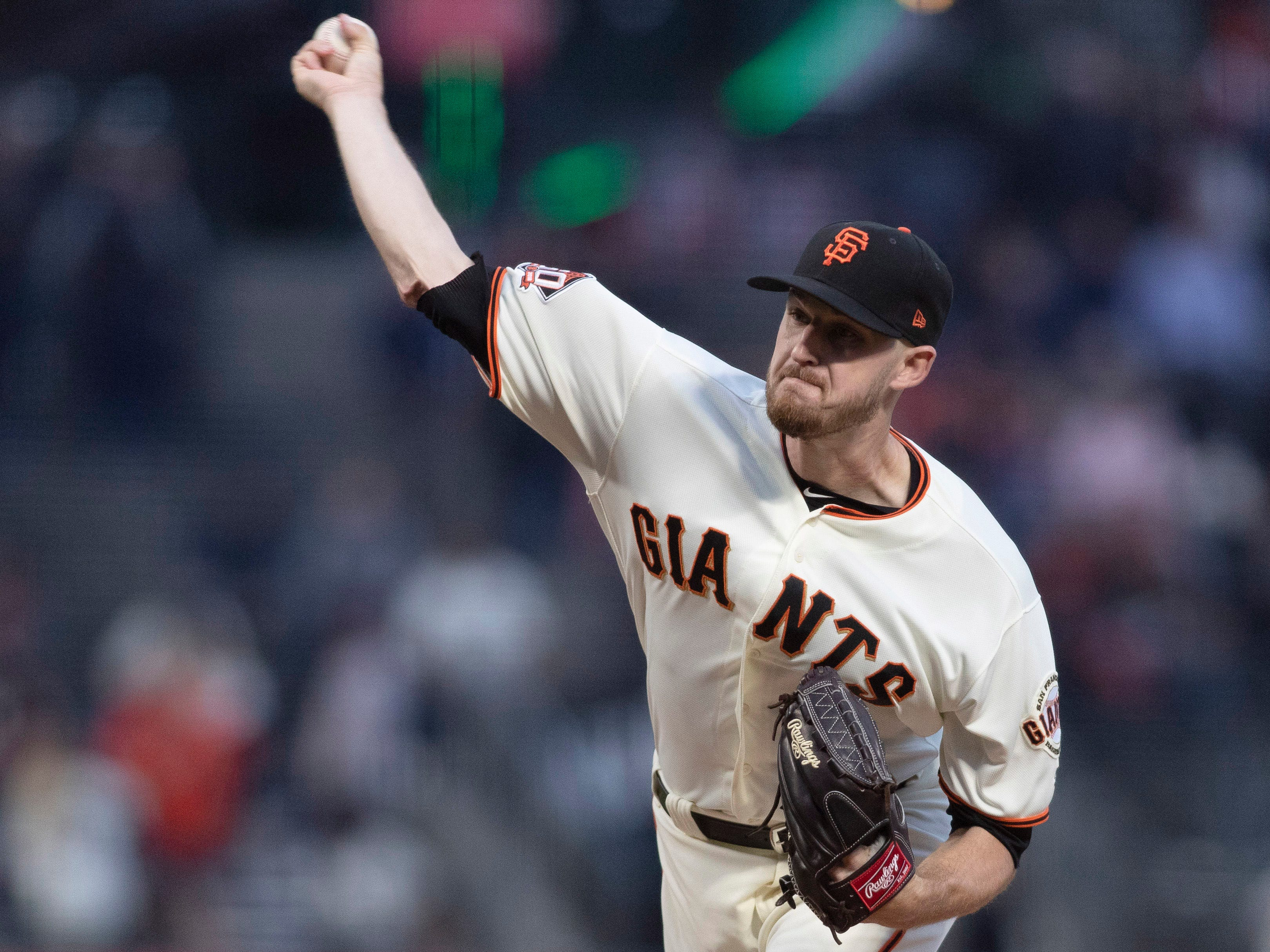 Aug 27, 2018; San Francisco, CA, USA; San Francisco Giants starting pitcher Chris Stratton (34) delivers a pitch during the first inning against the Arizona Diamondbacks at AT&T Park. Mandatory Credit: Neville E. Guard-USA TODAY Sports