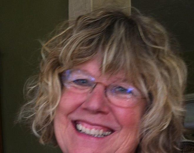 Lyndi Cooper-Schroeder