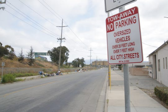 Salinas City Council added another piece of the oversized vehicle ban Tuesday by approving a tiered system of fines for vehicles parked in violation of the new ordinance.