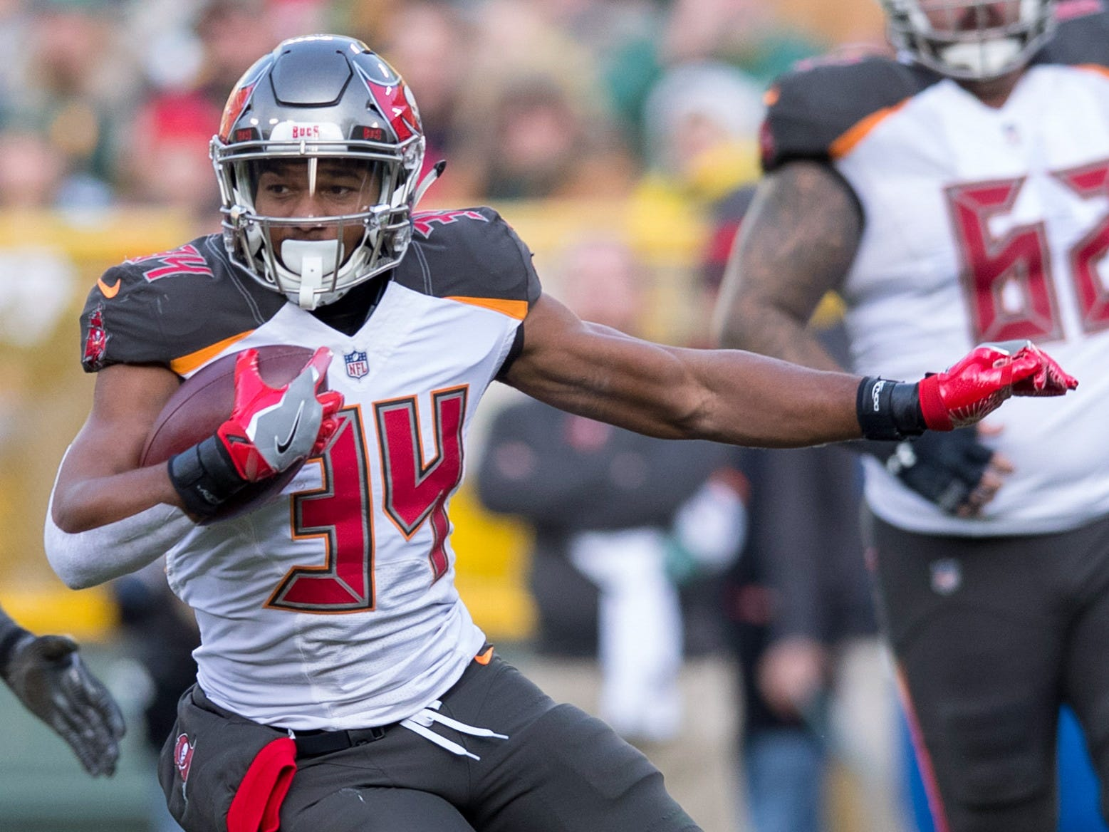 Charles Sims, RB, Tampa Bay Buccaneers (left knee injury, out for season)