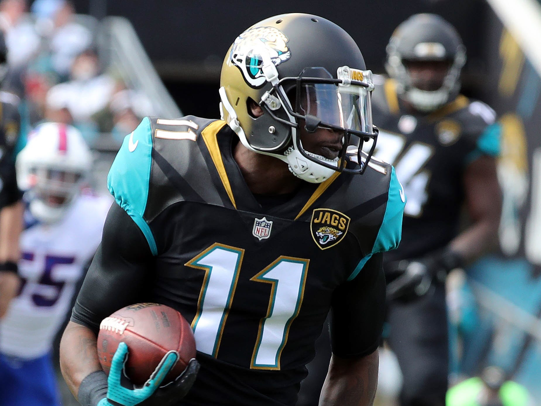 Marqise Lee, WR, Jacksonville Jaguars (left knee injury, out for season)