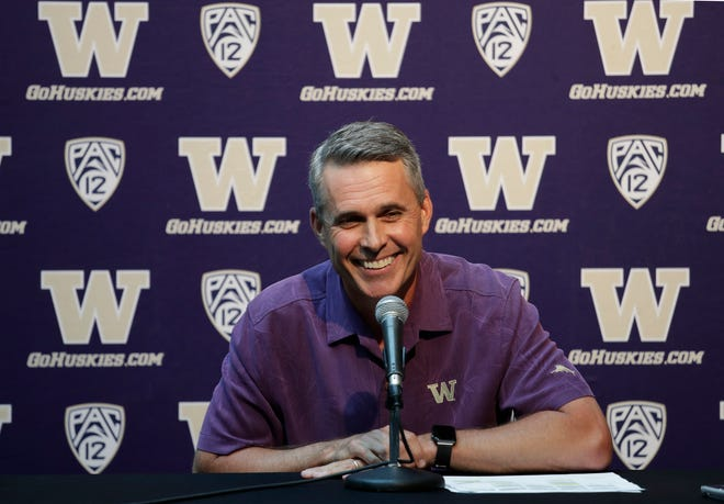Washington coach Chris Petersen says the Huskies' opener against Auburn is just another game ... but he's wrong about that.