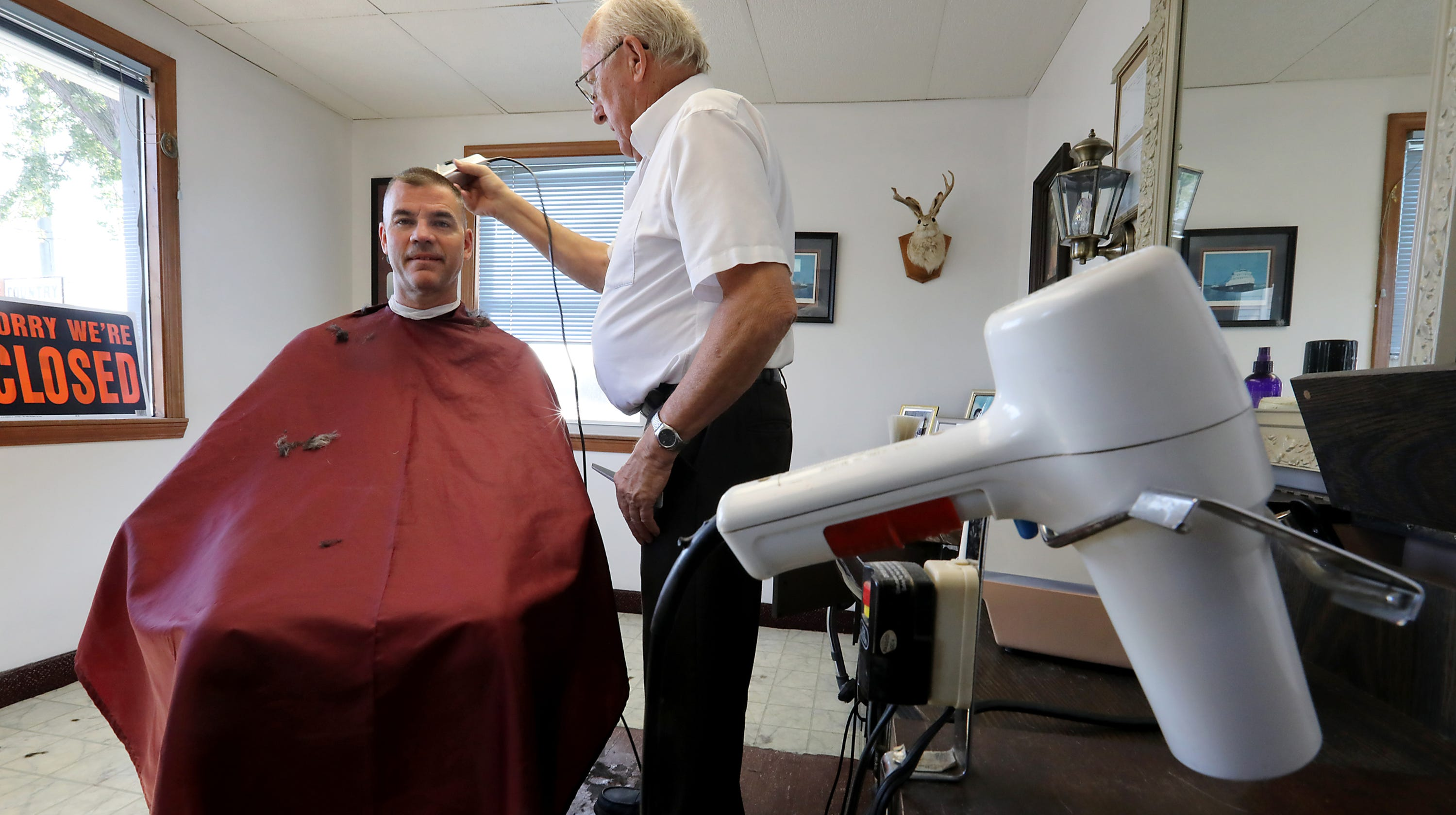 Fraleys Barbershop In St Clair Closes After 33 Years