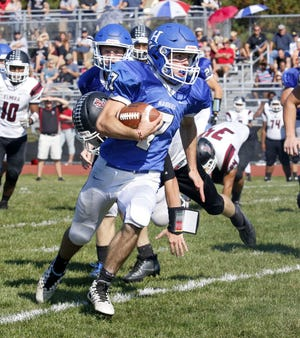 Gavin Elston, shown in 2017 against Elmira, ran for 849 yards and 10 touchdowns as a sophomore.