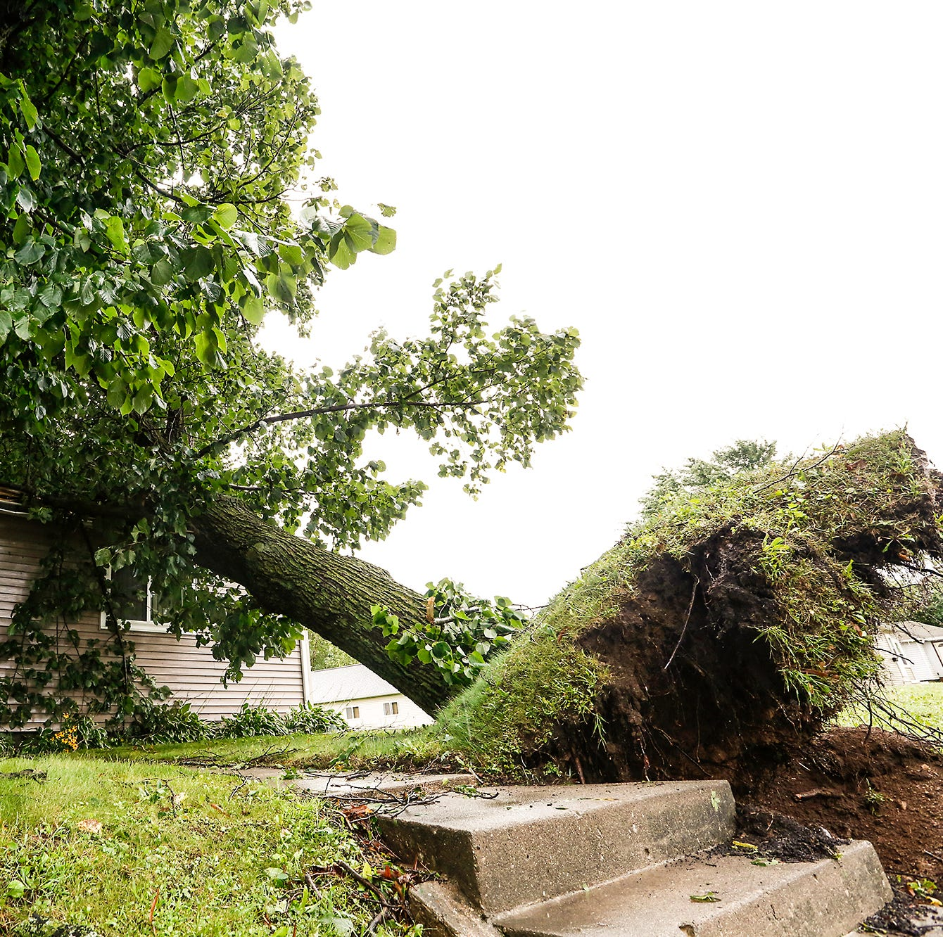 FEMA tentatively to begin storm damage assessments Tuesday or Wednesday in FDL County