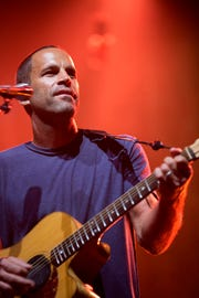Jack Johnson performs at Ak-Chin Pavilion in Phoenix, Tuesday, Aug. 28, 2018.
