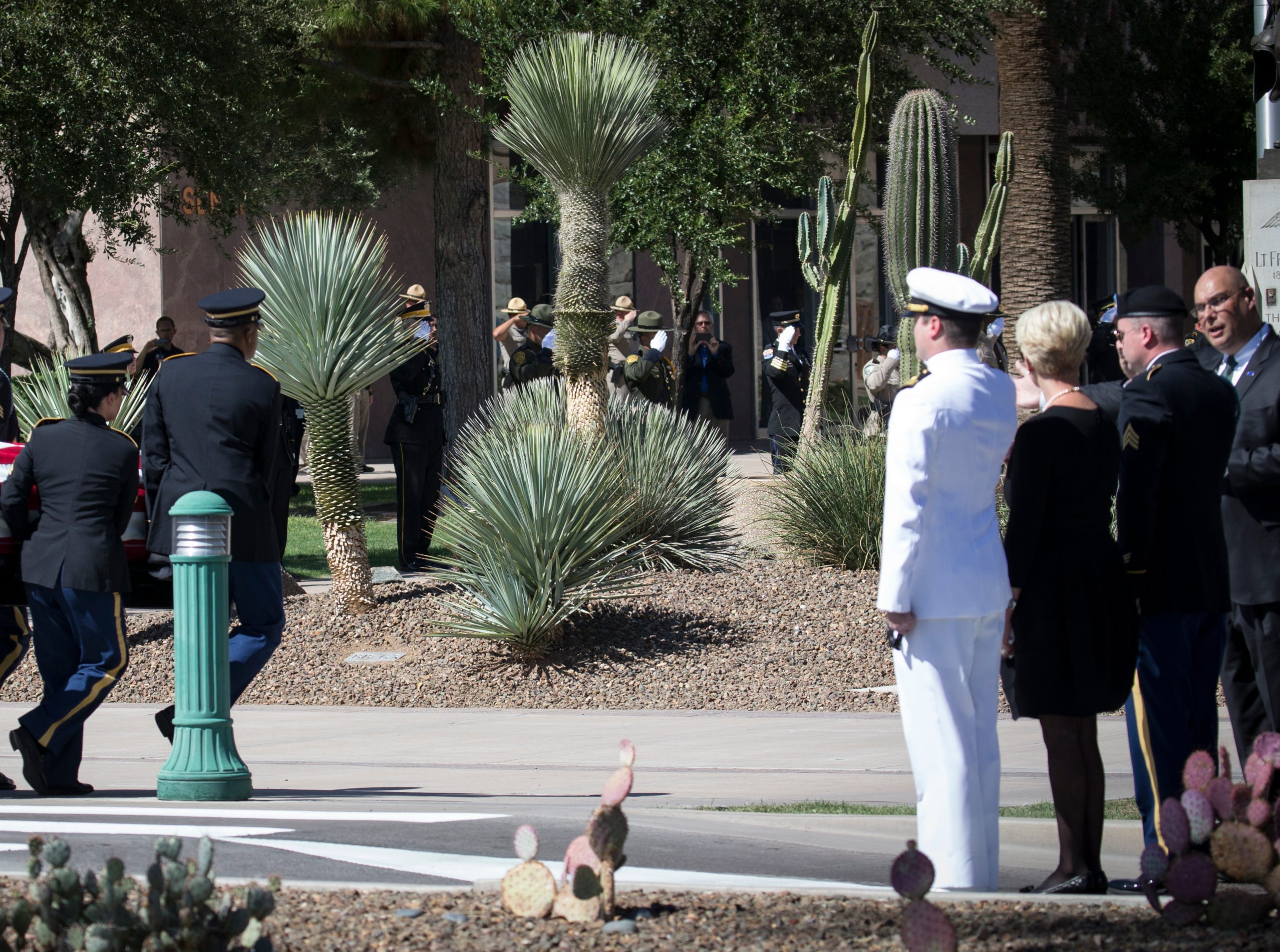 The casket carrying the body of John McCain arrives at the Arizona State Capitol for the memorial service, August 29, 2018, Phoenix, Arizona.