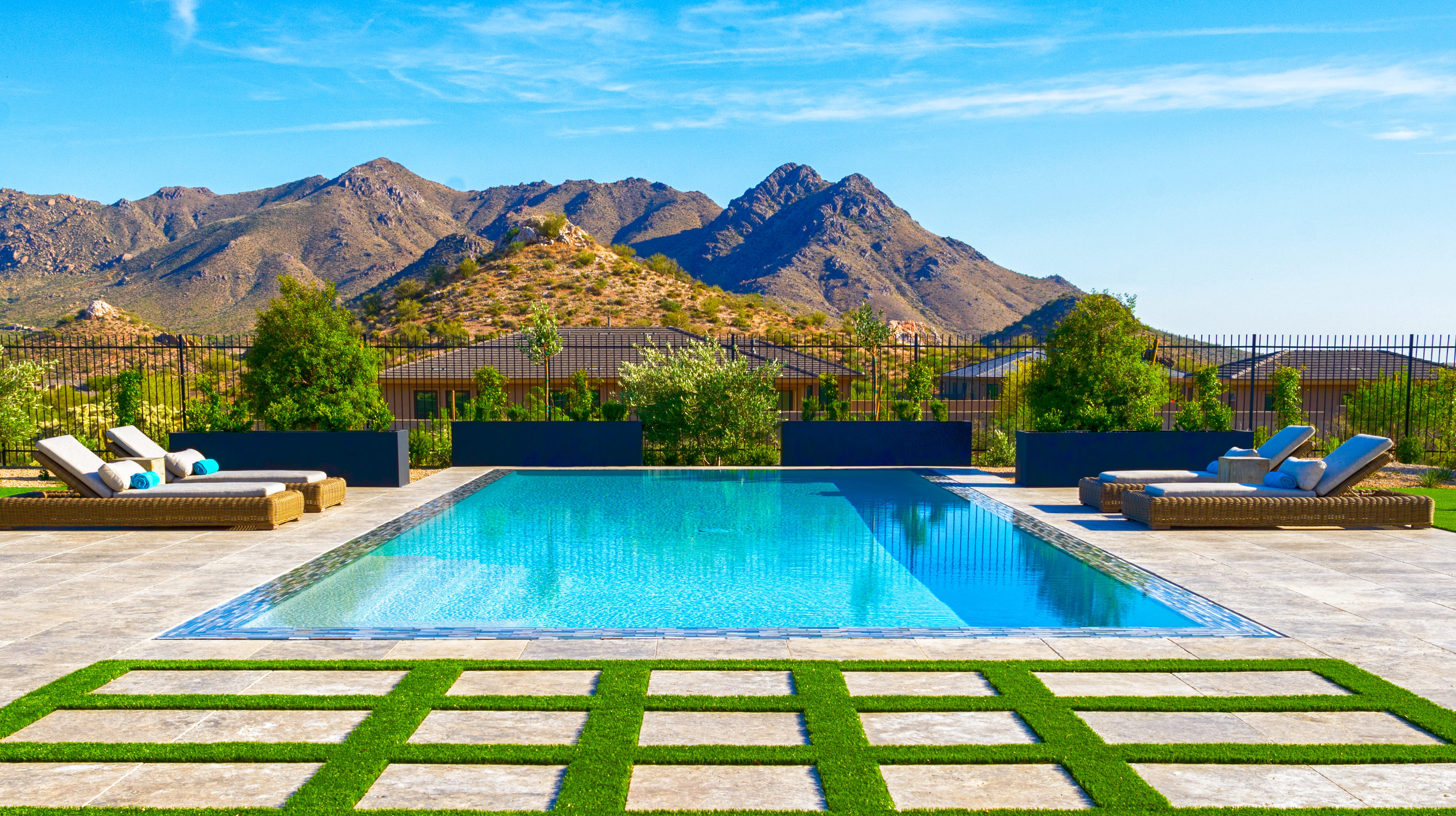 scottsdale house has one of the 'world's greatest pools'