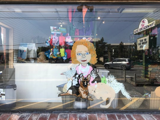 Fenwick Pet Stop will participate in First Fridays.