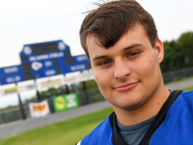 Dean Greer is  a senior at Fort Defiance High School and plays defensive end for the school's  varsity football team.