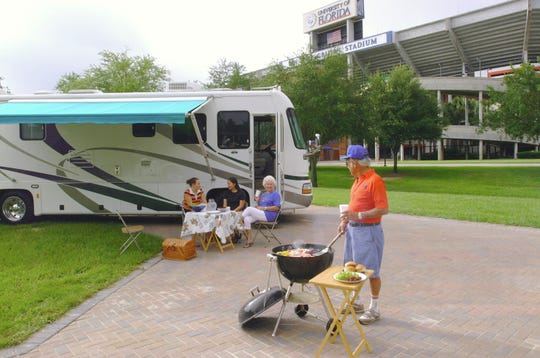 Barbeque outside of the Swamp stadium.