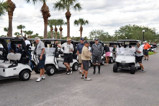 Golfers head out to the course at the 2017 Hunger Hero event for Sarah's Kitchen.