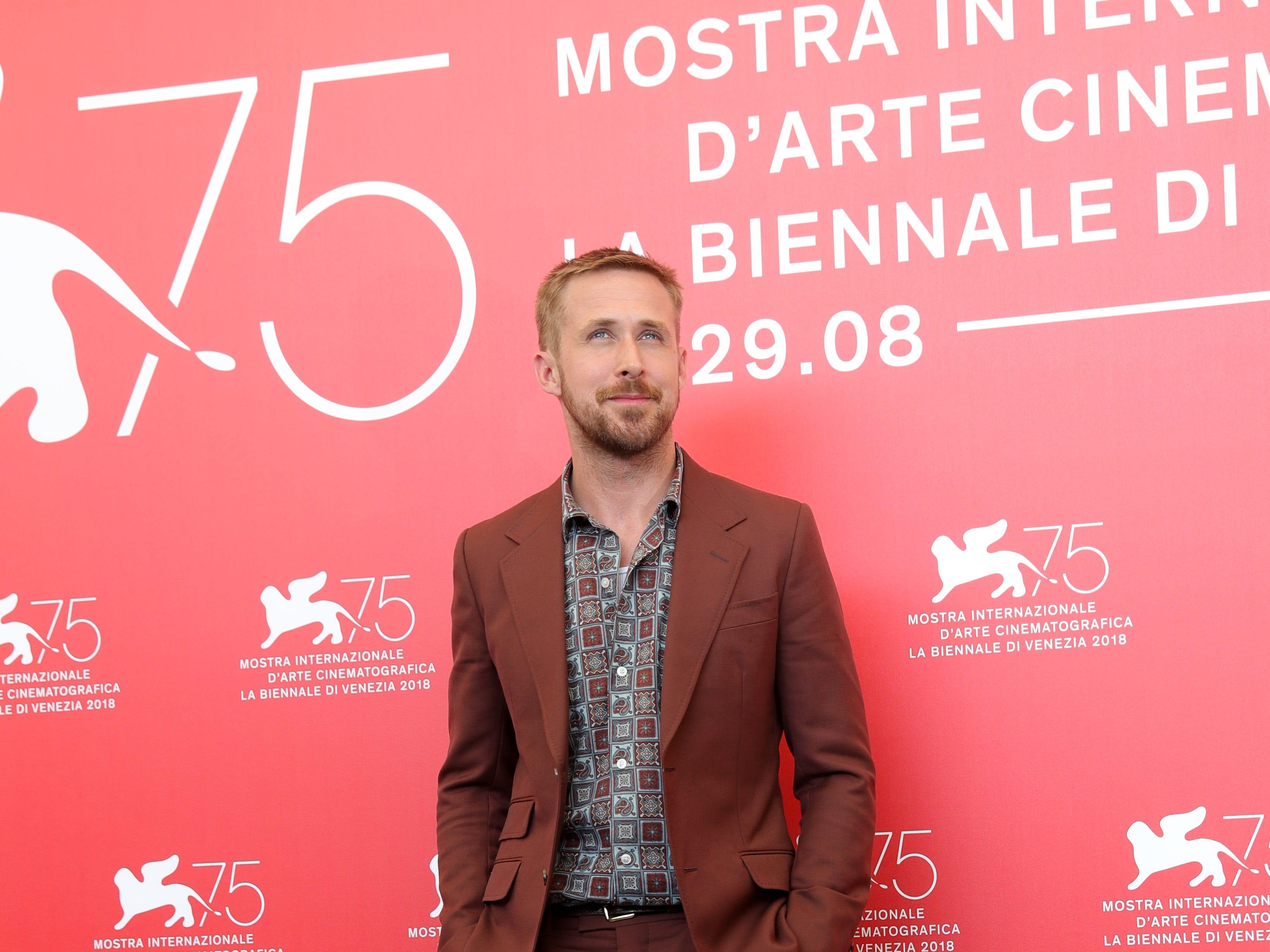 VENICE, ITALY - AUGUST 29:  Actor Ryan Gosling attends 'First Man' photocall during the 75th Venice Film Festival at Sala Casino on August 29, 2018 in Venice, Italy.  (Photo by Vittorio Zunino Celotto/Getty Images) ORG XMIT: 775212315 ORIG FILE ID: 1025010156