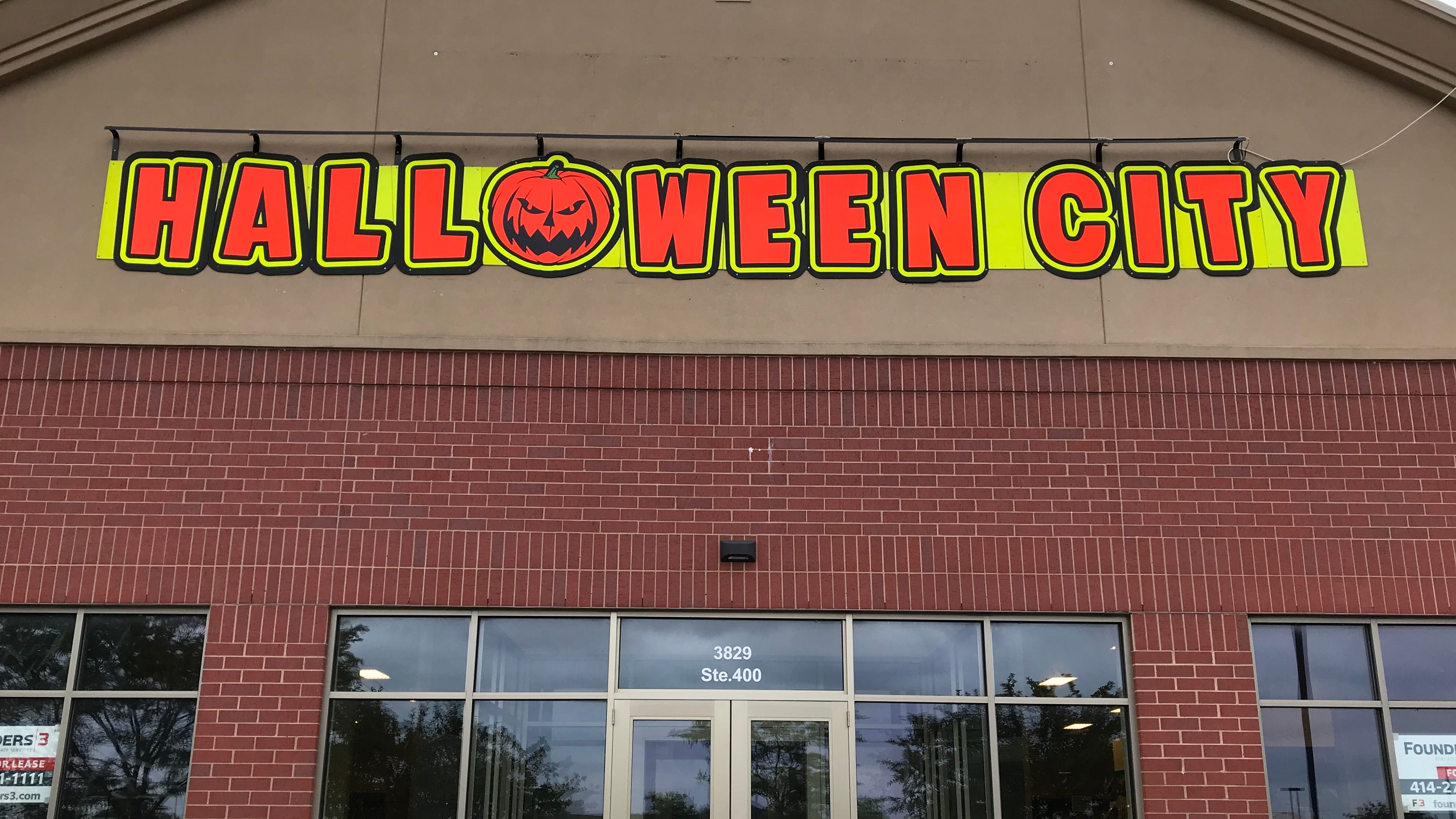 spirit halloween and halloween city open in appleton area