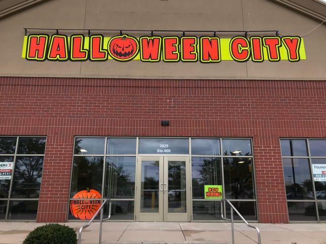 Halloween City prepares to open on Appleton's east side.