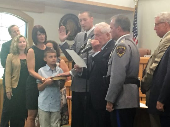 Toms RIver Mayor Kelaher swears in new Sgt. James Skripko