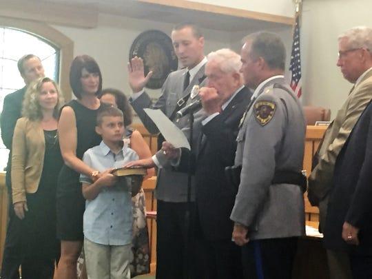 Toms RIver Mayor Kelaher swears in new Sgt. James Skripko