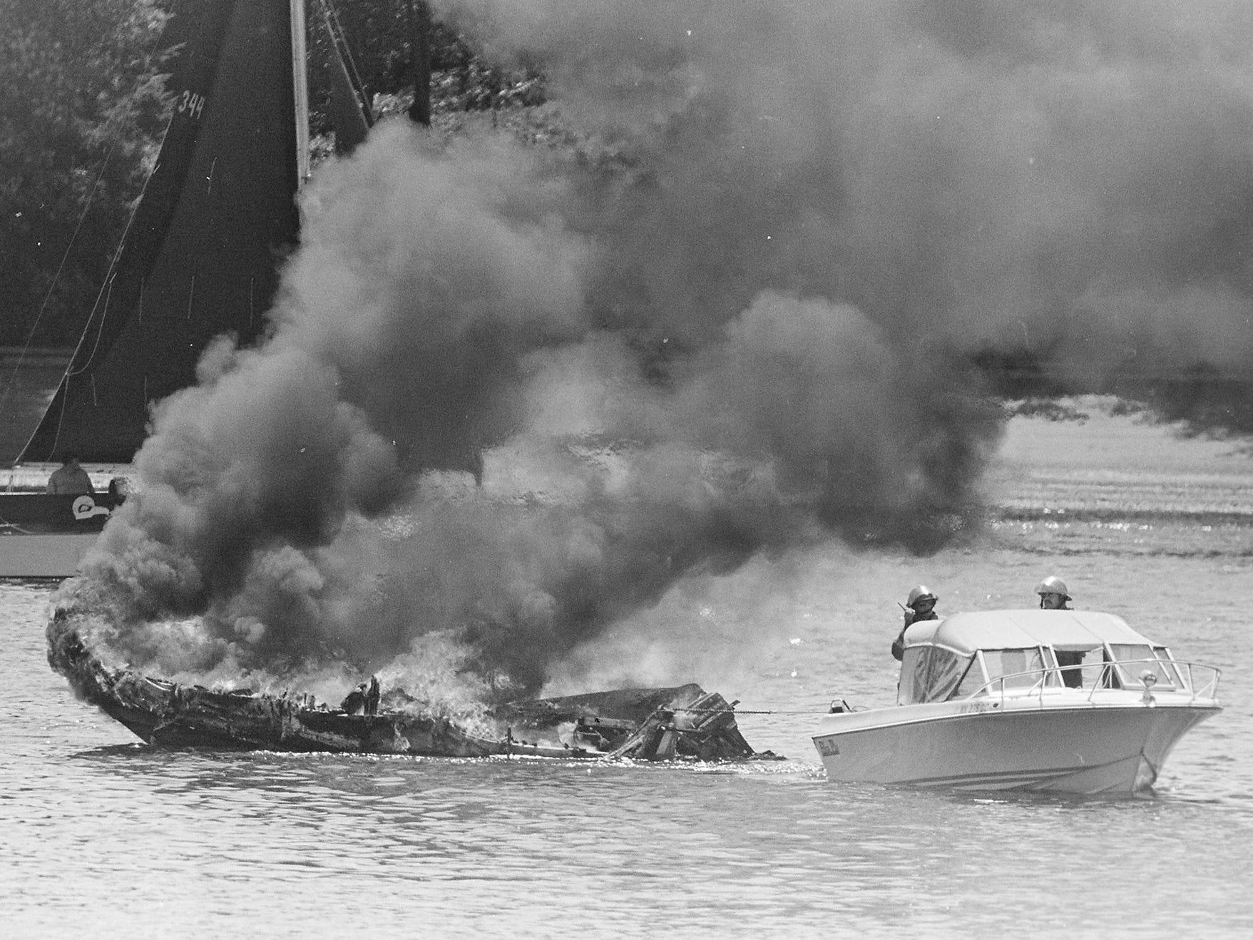 05/09/88Boat Fire