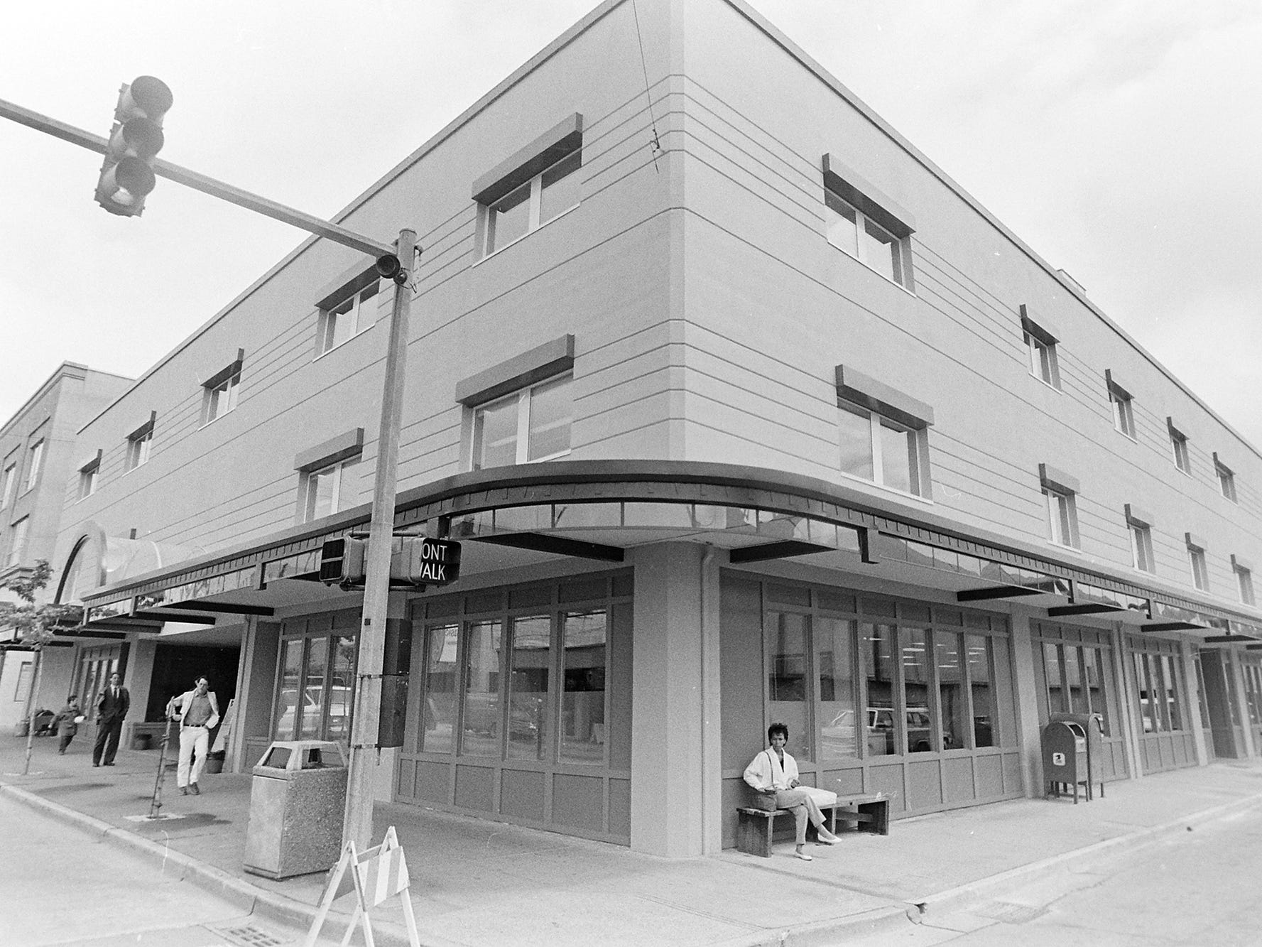 05/19/88Bremer-Wykof Building Dedication