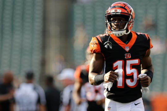 Cincinnati Bengals wide receiver John Ross (15) warms up before the Week 4 NFL preseason game between the Indianapolis Colts and the Cincinnati Bengals, Thursday, Aug. 30, 2018, at Paul Brown Stadium in Cincinnati.